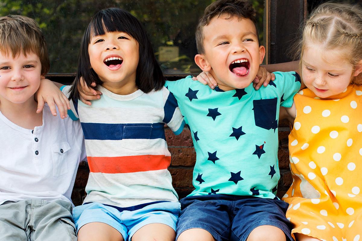 Glade børn, relationsanalyse